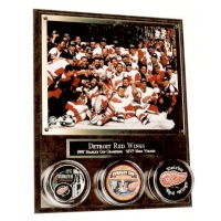 Horizontal Photo & 3 Hockey Puck Assembled Plaque - Item #MRP3X